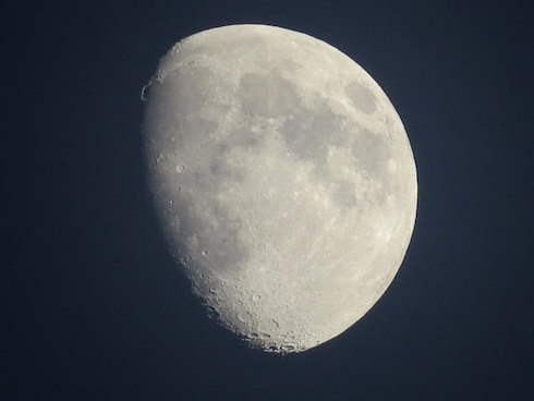 Mond im Zentrum astrologischer Analysen